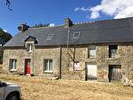 Trebedan, maison de hameau en pierre à vendre