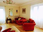 Proposer cette annonce : Superbe appartement 1er étage, de 135m² en centre ville Dinan