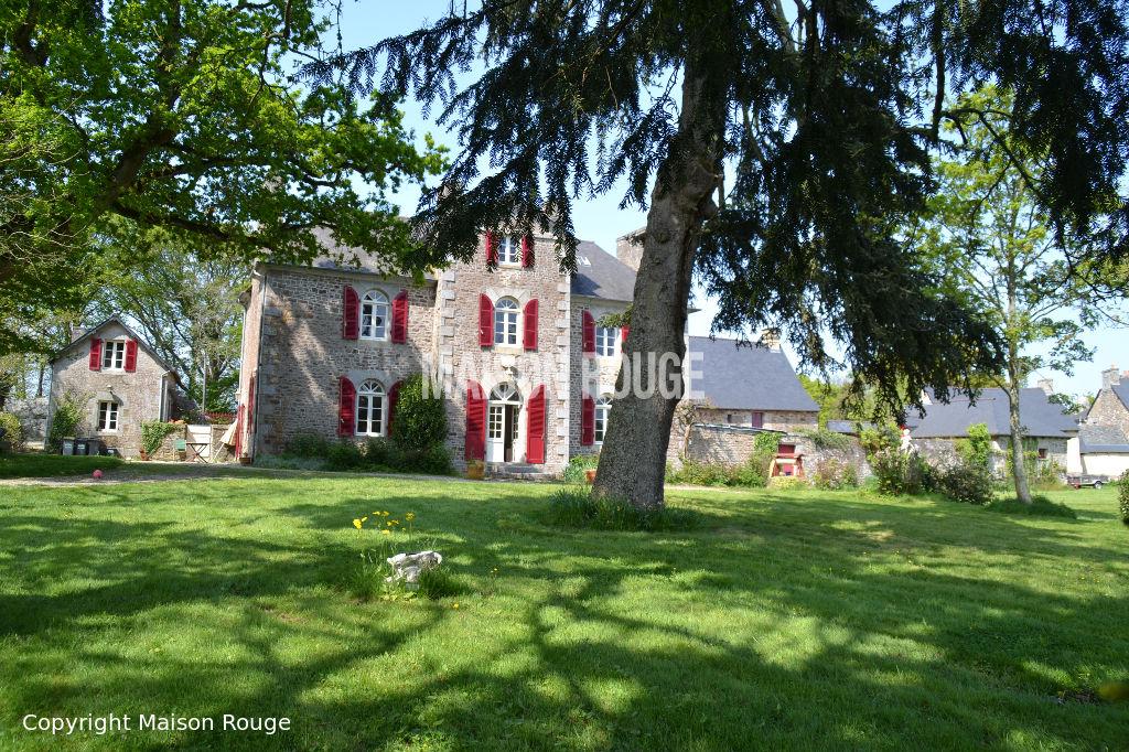 Elégante propriété  19ème  sur parc arboré de 10000 m²