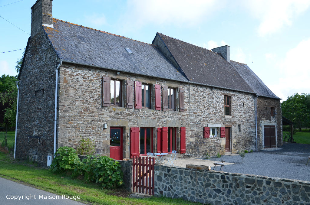 Agence immobiliere dinan maison rouge simple maison for Agence de la maison rouge