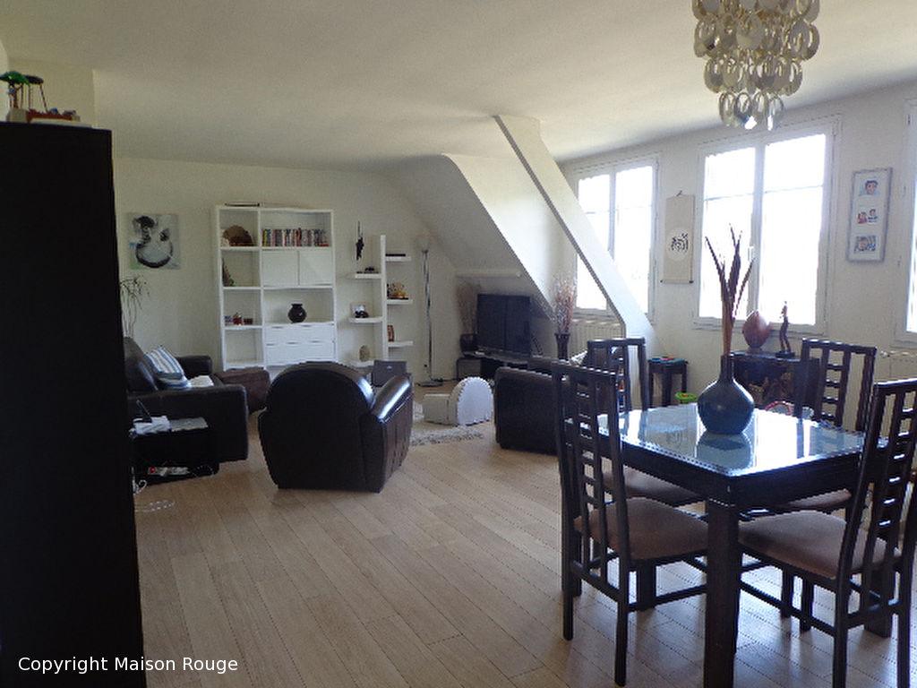 annonce vente appartement saint malo 35400 99 m 241 040 992733776718. Black Bedroom Furniture Sets. Home Design Ideas