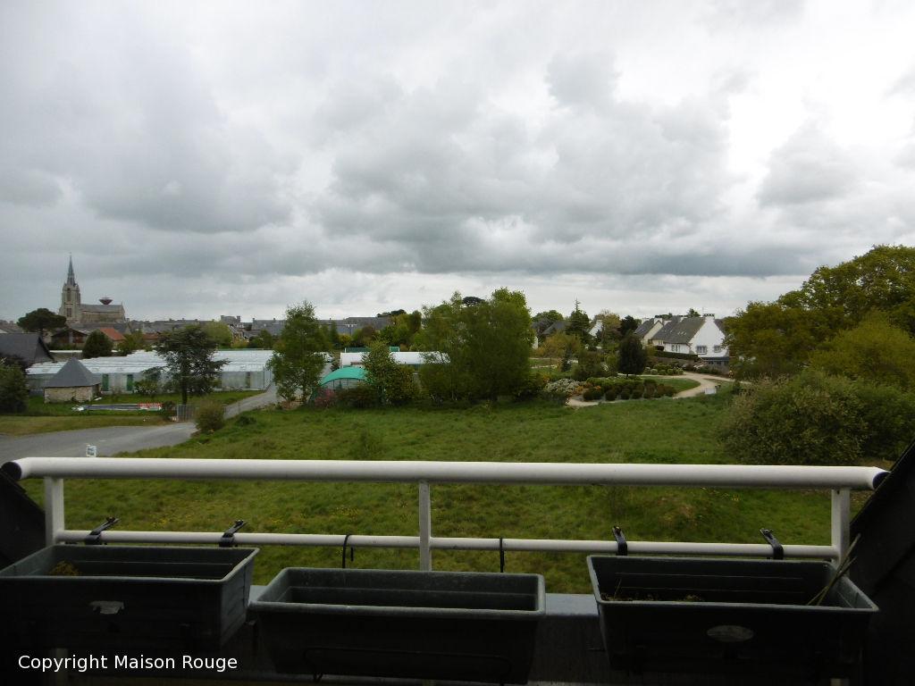 PLOUBALAY APPART DUPLEX  2CH - 2SE  -ASCENSEUR- Balcon
