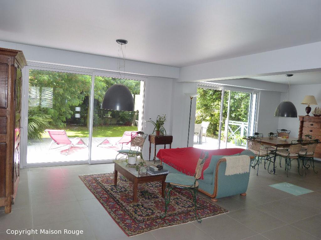 A vendre maison saint malo 125 m 499 896 agence for Ambiance carrelage saint malo