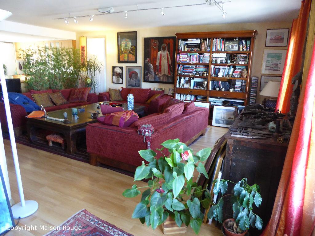 a vendre appartement saint malo m 801 720 agence de la maison. Black Bedroom Furniture Sets. Home Design Ideas