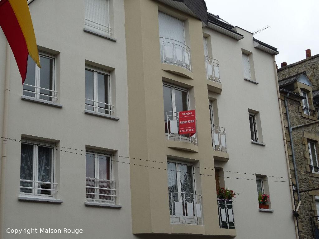 Résidence avec ascenseur, appartement Dinan 4 pièce(s) 86.01 m2