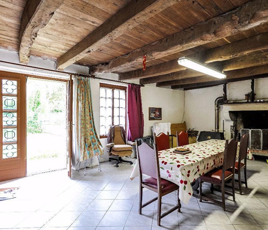 Maison située à 10 min de COMBOURG - 5 Pièces