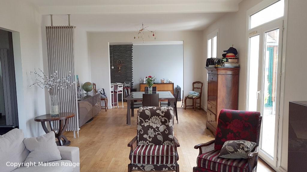 Maison Cancale 7 pièce(s) 152 m2