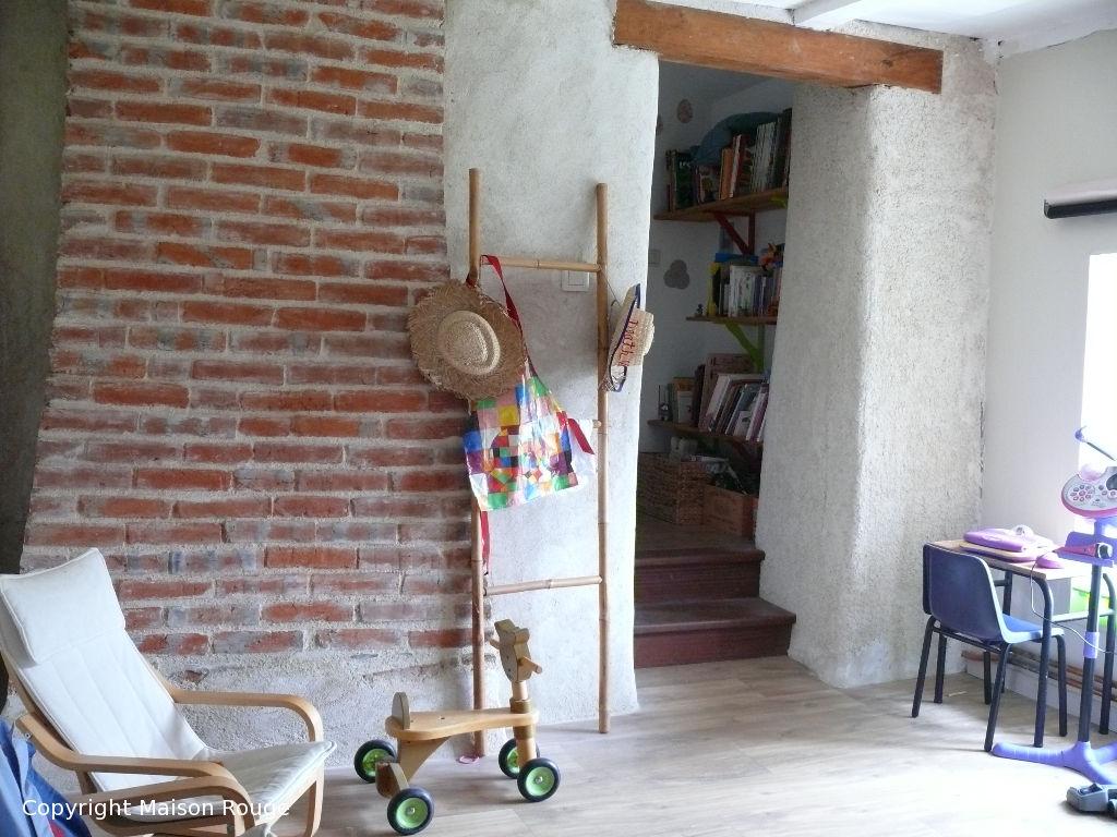 A 5mn de Saint Domineuc : maison de campagne de 4 chambres