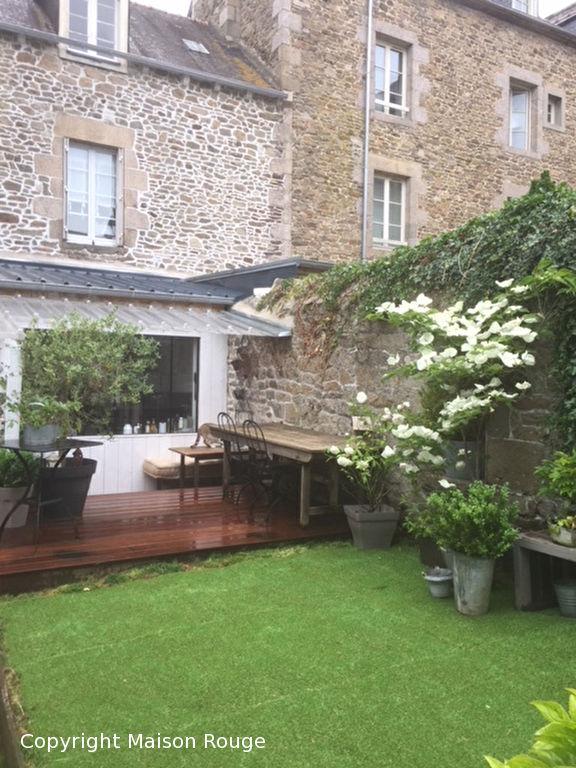 Maison de ville rénovée avec jardin