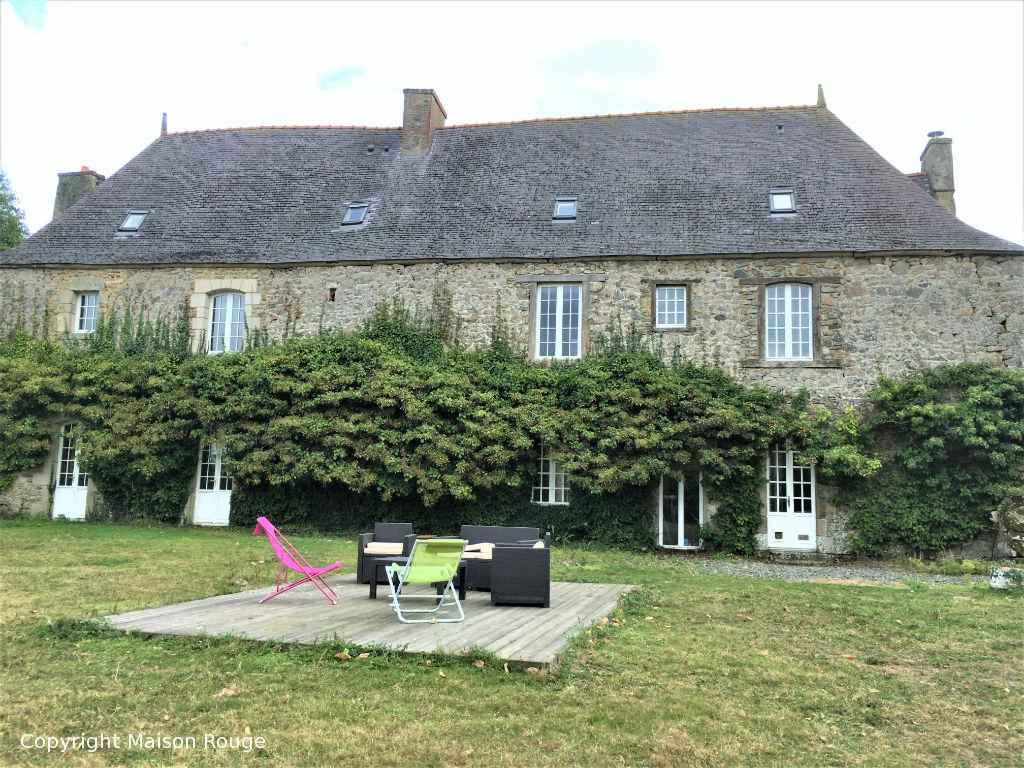 Manoir et son parc à Pommerit Le Vicomte
