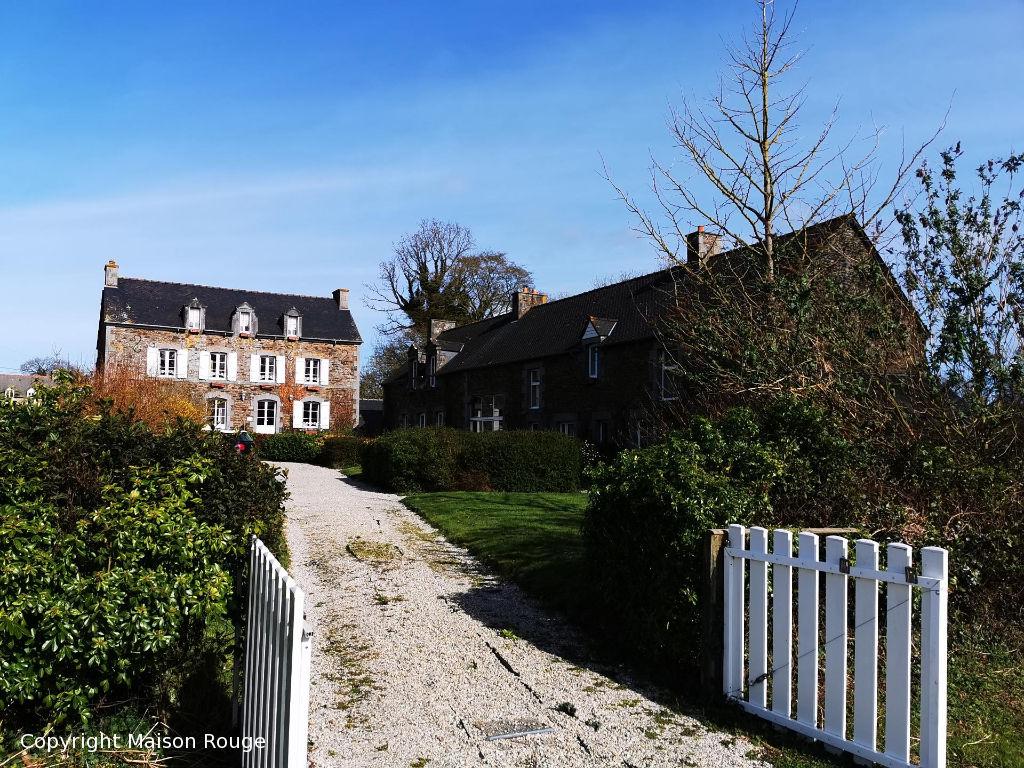 Complexe immobilier de charme de 700 m2 avec maison d'hôtes et gîtes