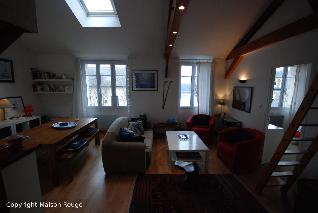 Appartement  T3 avec petite vue mer