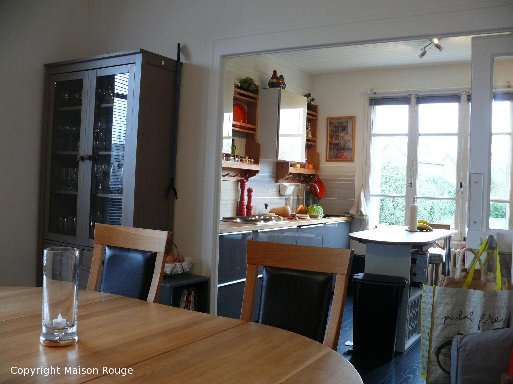 Plouasne : jolie maison indépendante au coeur du bourg