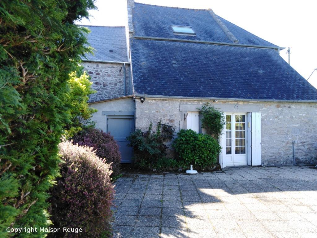 Charmante maison en pierre à 5 mn de Dinard