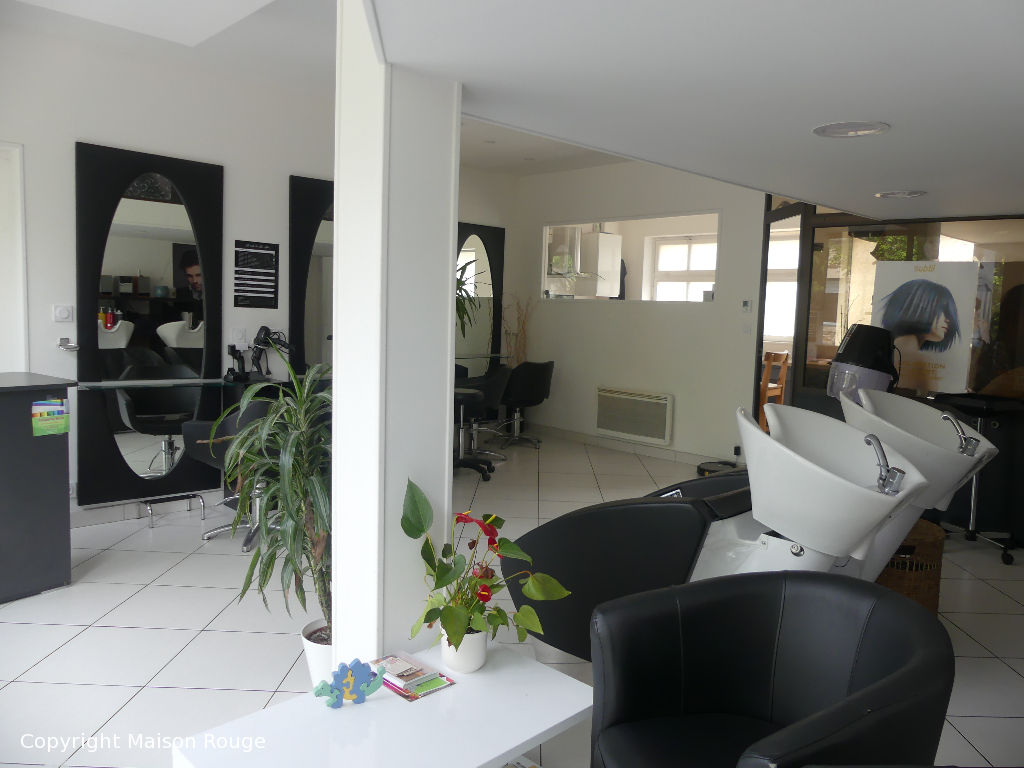 Local + Appartement T2- Surf hab 72 m² MATIGNON