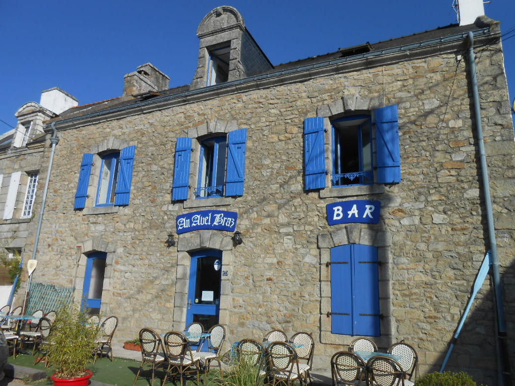 Maison Belz dans village de Saint Cado charmante maison en pierres avec local commercial et appartementproche Ria d'Etel