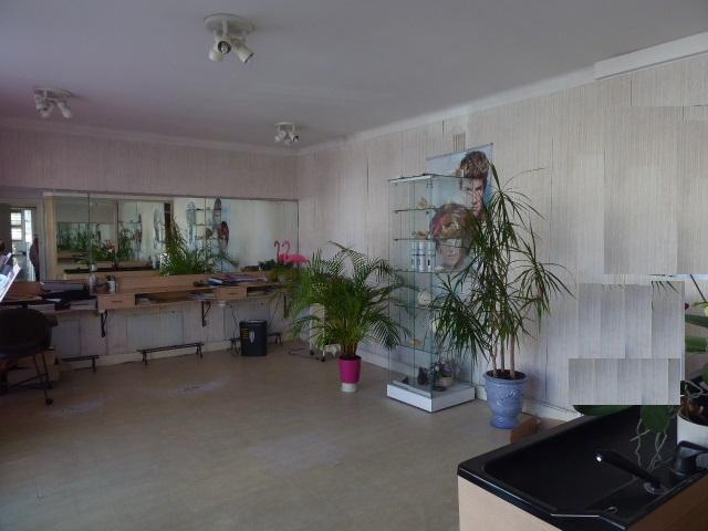 Immeuble Maison Etel 56410 4 pièce(s) 90 m2  2 chambres terrain de 93m² cour