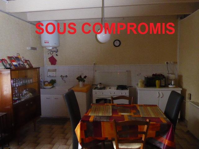 56410 Maison Etel 3 pièces 60.94 m² proche commerces 1 chambre grenier et dépendance