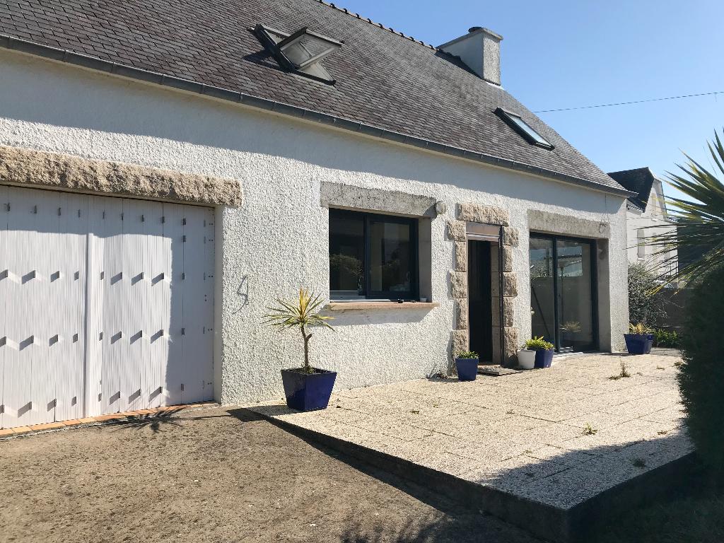 Maison Belz 4 pièce(s) 92 m2 proximité de la Rivière d'Etel 3 chambres dont 1 au rdc jardin garage