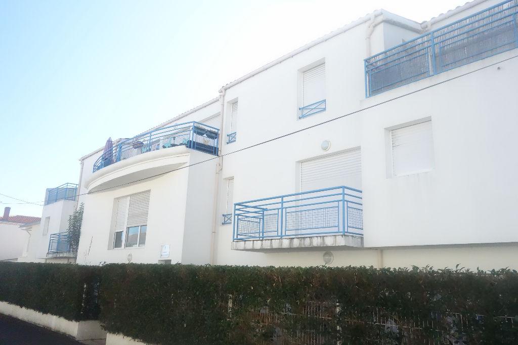 Appartement La Rochelle 2 pièce(s) 40,77 m2 QUARTIER PORTE ROYALE