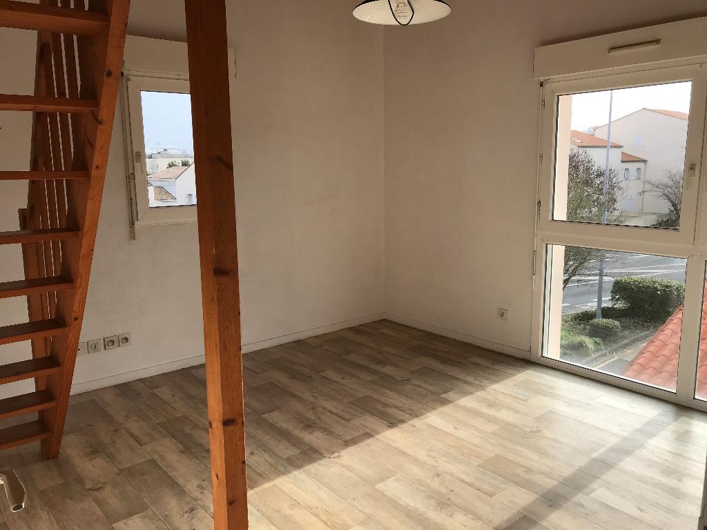 T2 Mezzanine VIDE - Quartier Tasdon