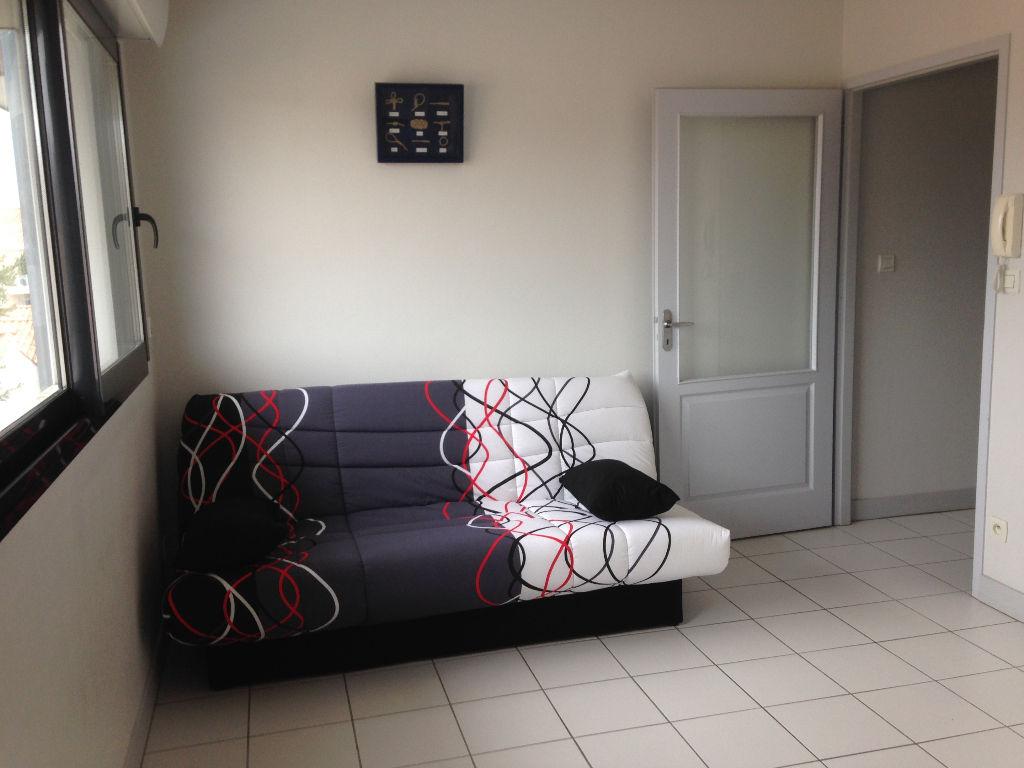 Studio VIDE avec inventaire - Quartier Les Minimes/Tasdon