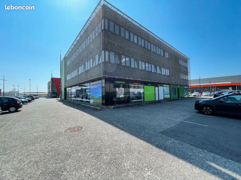 Local commercial Brest 200 m2  Port de commerce.