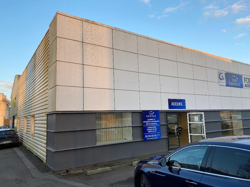 A vendre ou à louer Bâtiment industriel  ZI de Kergaradec Brest +