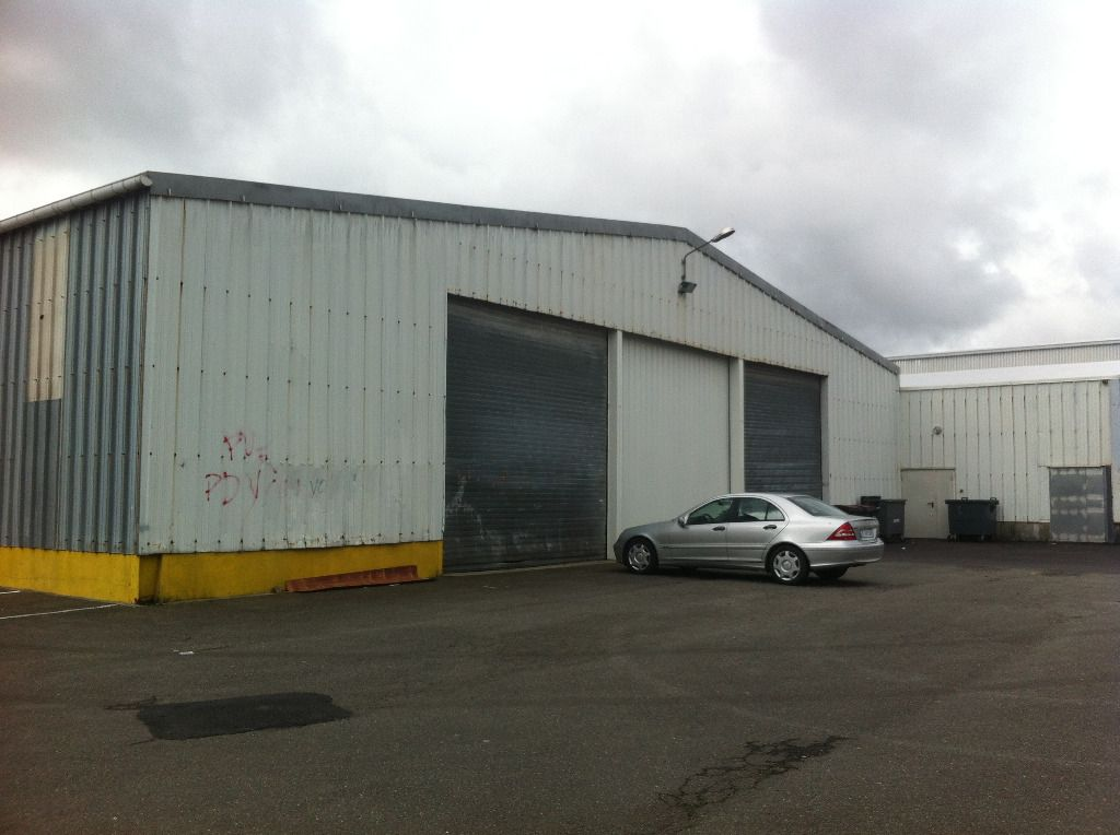 Local commercial Brest 950 m2