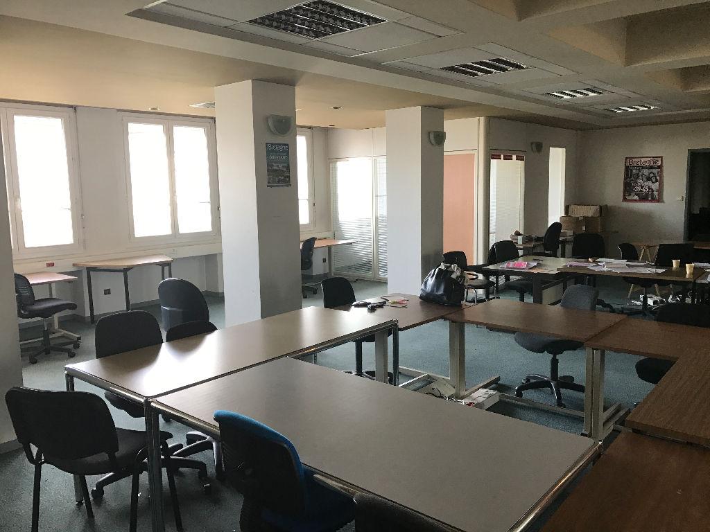 A louer 464m² de bureaux centre ville BREST