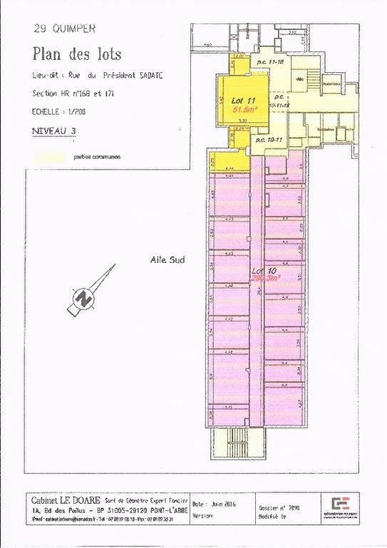 A vendre murs, plateau de bureau, locataire en place 39 900 € /A Quimper 29000 ,