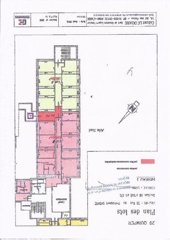 A vendre murs, plateau de bureau avec locataire en place 14 004 € /A Quimper 29000 ,
