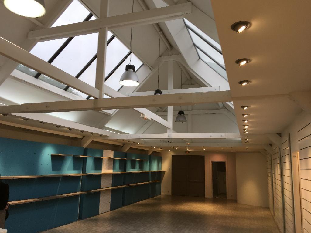 A LOUER local commercial de 245 m² centre ville Quimper