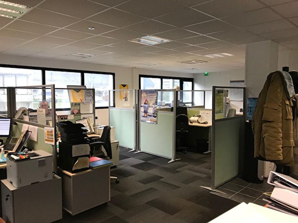 A vendre  BREST bureaux avec locataire en place pour placement immobilier