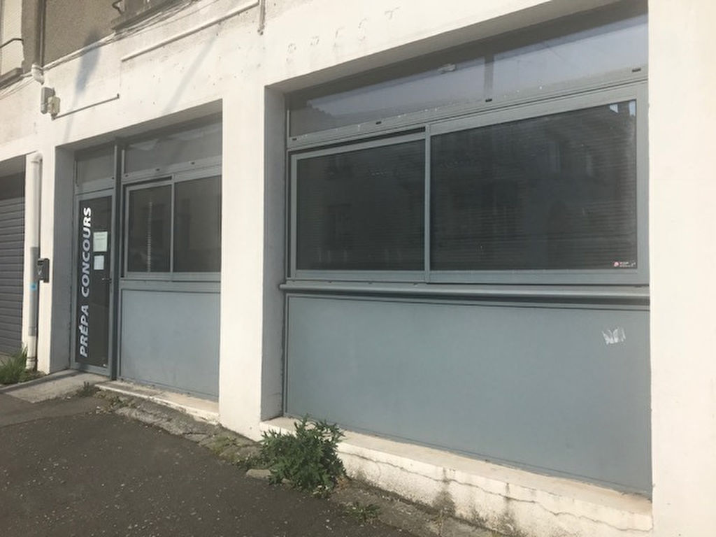 A louer local de 63 m² en RDC situé en proximité de la Place Albert Premier à Brest