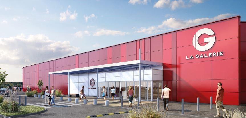 centre commercial géant à Saint-Martin-des-Champs local commercial 82 m²