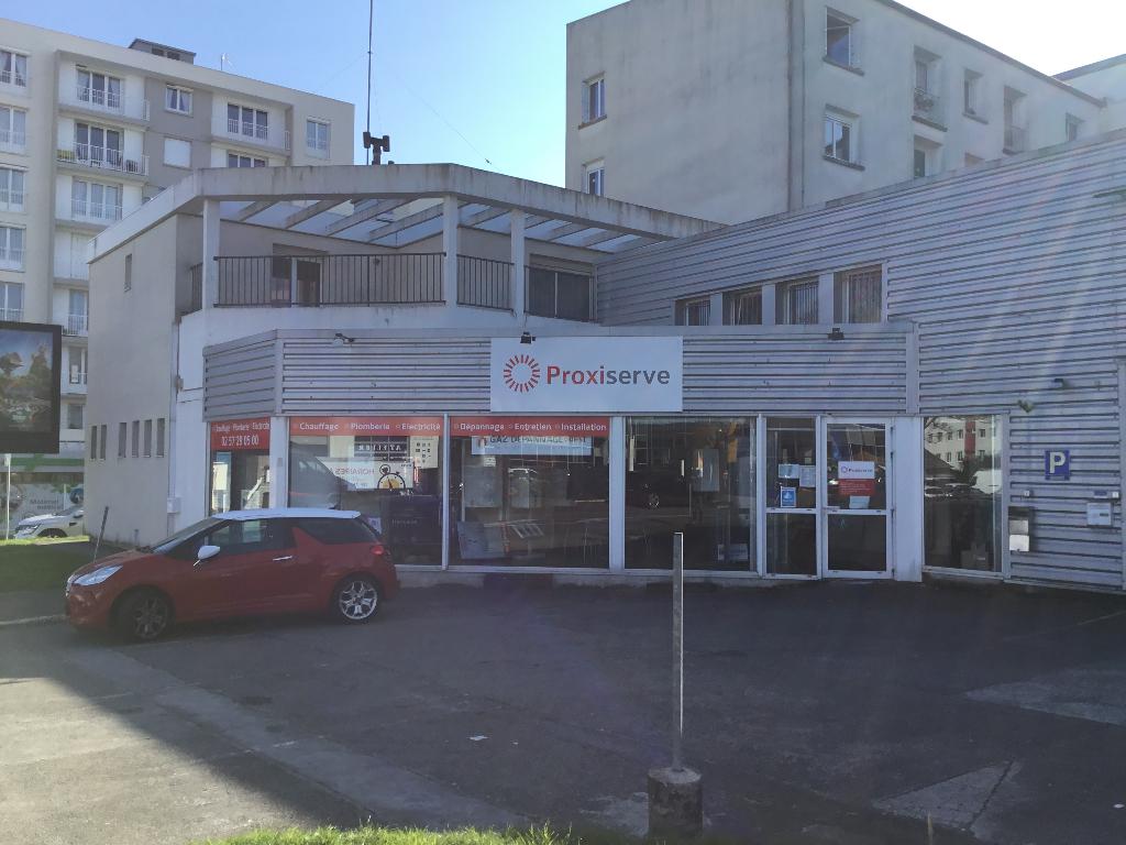 BREST Local d'activité  370 m2