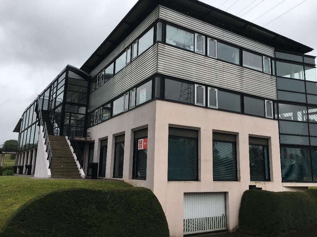 A VENDRE Quimper  29000 ZA de Cuzon plateau de bureaux de 60m²