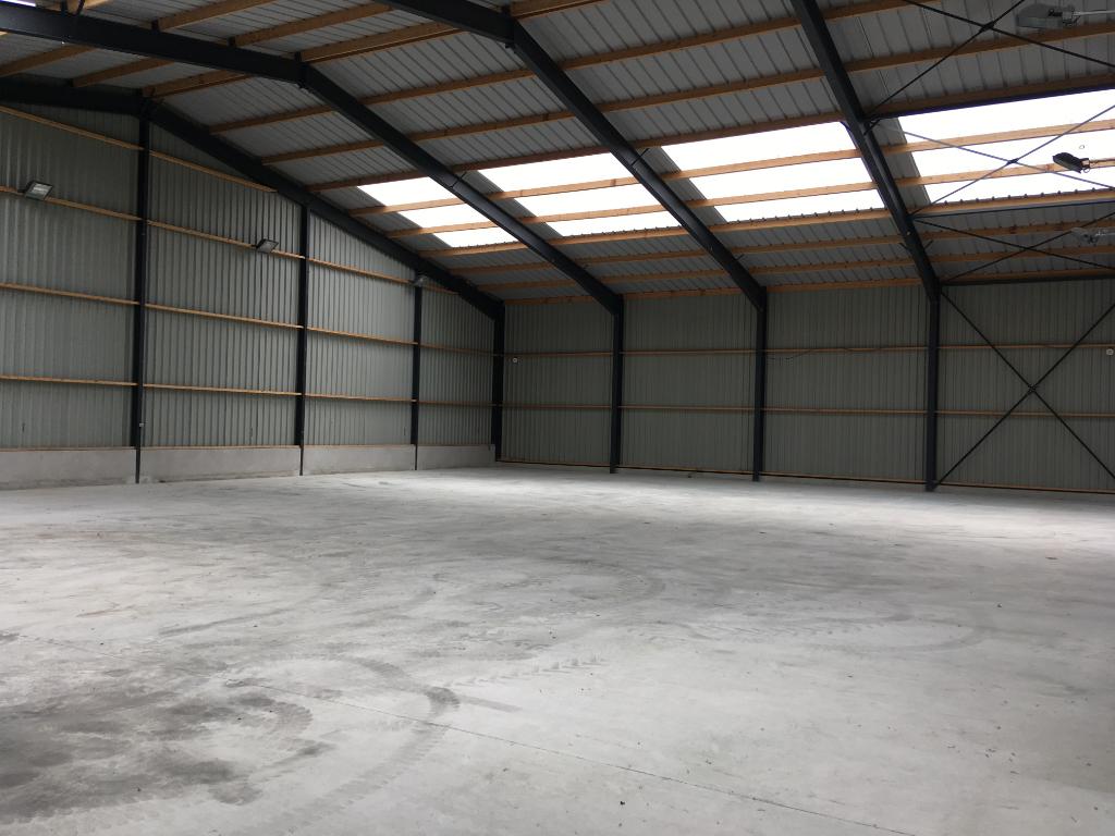 Local d'activité Landivisiau 900 m2 Zone du Vern