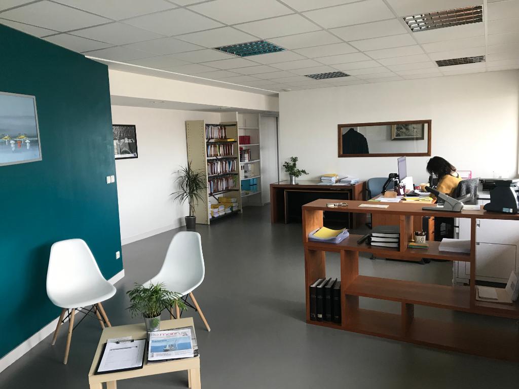 Bureaux Brest 104 m² port de commerce.