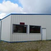 louer / local d'activités-proche morlaix 130 m²