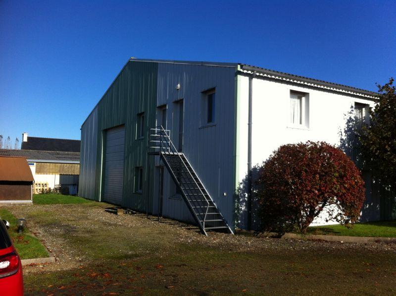 Local d'activité Saint Martin Des Champs 400 m2