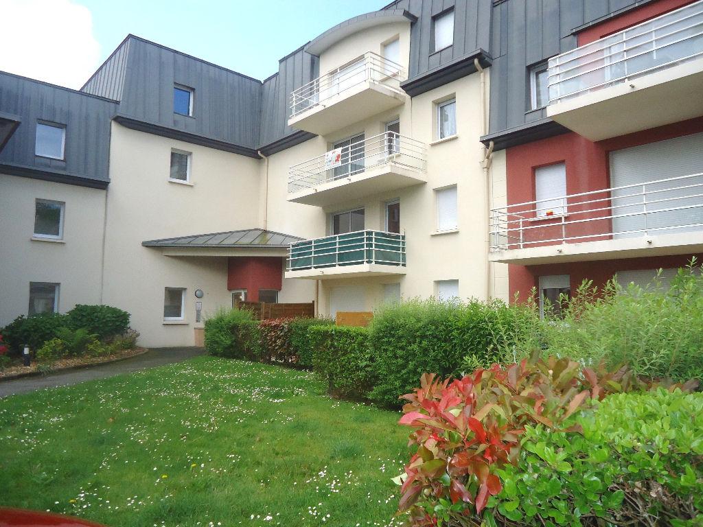 A Louer Bretagne Mobihan Pontivy appartement T3 en rez-de-chaussé superficie de 60 m²  dans résidence récente