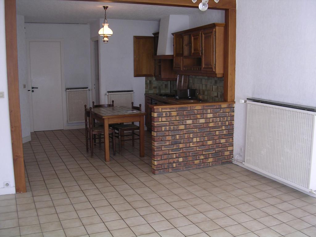 A louer pontivy bretagne morbihan appartement t3 duplex 60 m2  3 pieces 2 chambres