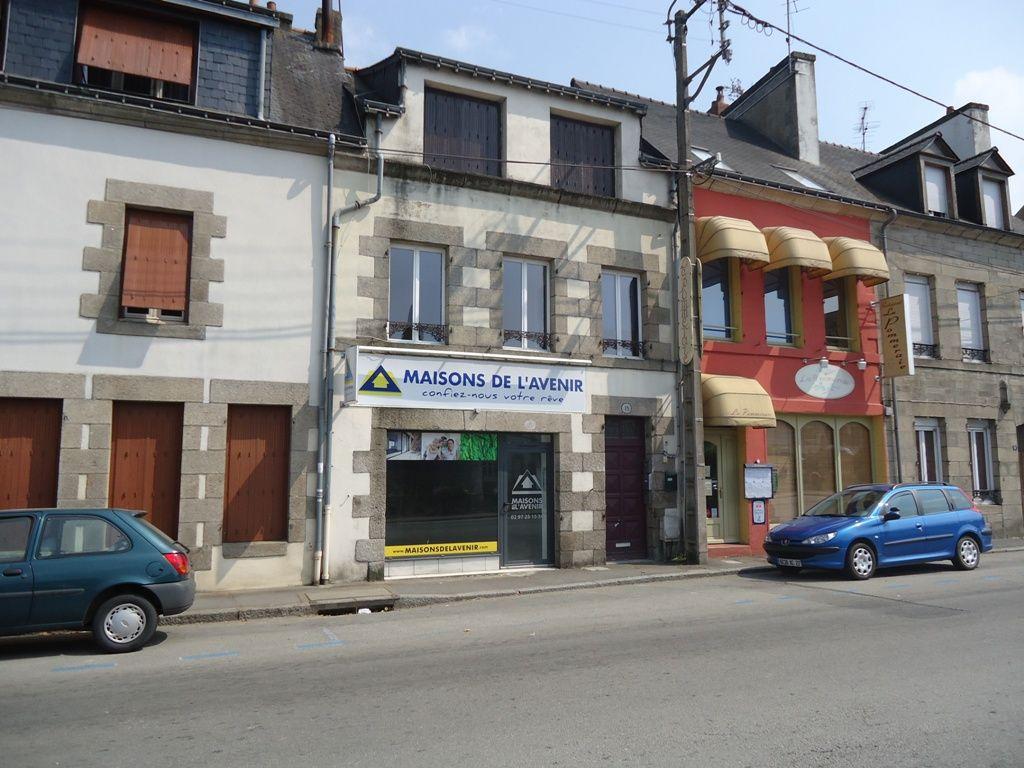 A louer Bretagne Morbihan Pontivy Bureau / local professionnel  ou professionnel superficie de 45 m2 bord du blavet