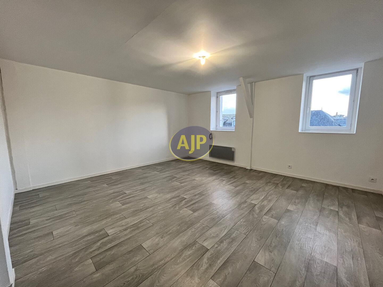A louer Bretagne Morbihan Bubry appartement de Type T3 en centre ville proche de toutes les commodités