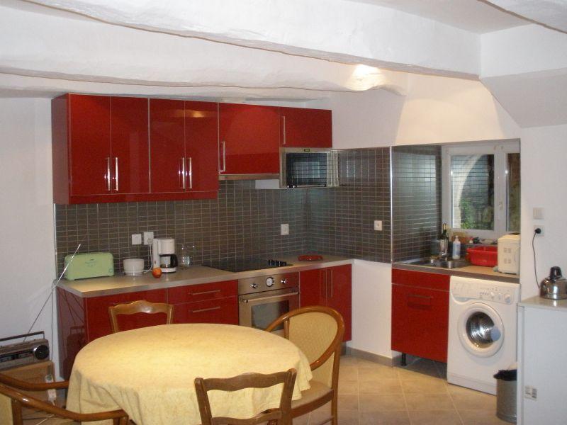 A louer Pontivy Bretagne Morbihan maison de ville de 98 m2 séjour 36 m² 3 chambres cour intérieur petit garage