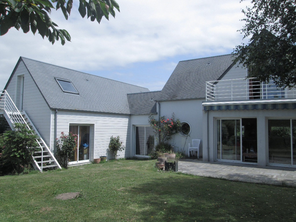 immobilier donville les bains a vendre vente acheter ach maison donville les bains 50350. Black Bedroom Furniture Sets. Home Design Ideas