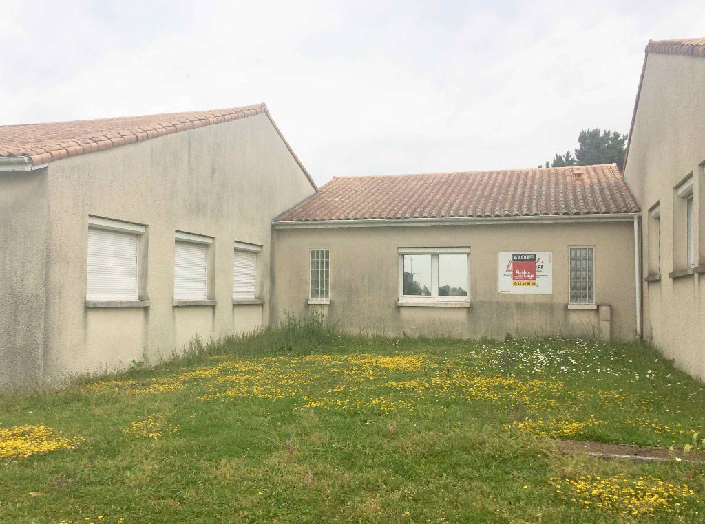 Bureaux 95 m² à vendre à L\'ISLE D\'ESPAGNAC