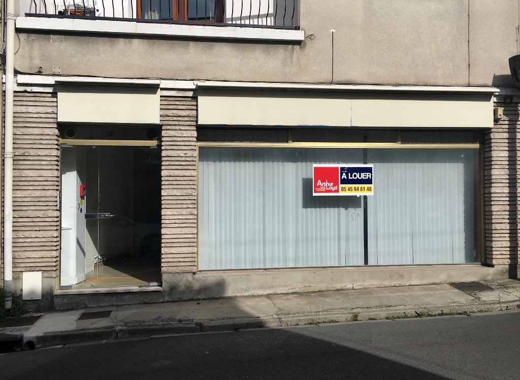 Local professionnel 55 m² à louer à ANGOULEME